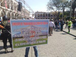Sindicato de trabajadores protesta contra empresa Cemento Yura