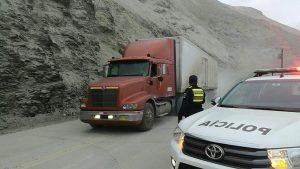 Reabren Panamericana Sur en Atico con circulación restringida