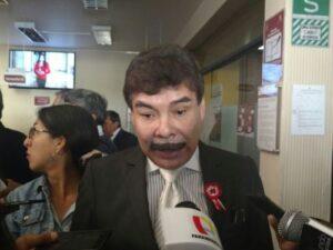 Alcalde provincial anuncia más operativos contra taxistas informales