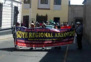 Una de las facciones del Sutep se declaró en huelga indefinida