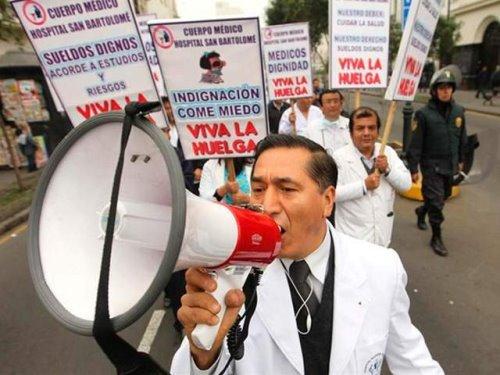 Arequipa: en plena pandemia médicos anuncian paro este 26 y 27 de agosto