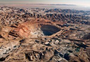"""Zegarra: """"Que el 50% de la deuda de Cerro Verde se quede en Arequipa"""""""