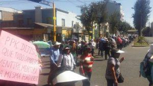 Maestros en huelga desechan acuerdo con gobernadora regional y se van a Lima