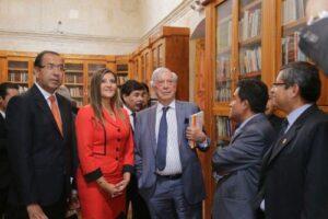 """Conoce la ruta turística """"Mario Vargas Llosa"""" en la Ciudad Blanca"""
