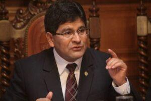 Catedráticos opositores querellaron a rector de la UNSA por supuesta difamación