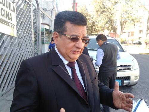 Alcalde Elvis Delgado.