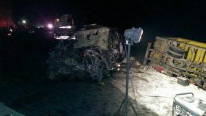 FOTOS y VIDEO. Se eleva a 10 la cifra de muertos tras choque en vía Mollendo – Mejía