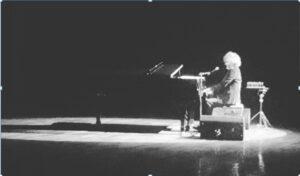 CRÓNICA. La voz de Fito Páez resonaba con fuerza en Bellas Artes hasta que…