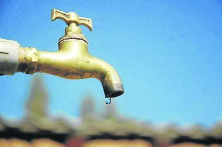 Se incrementa el consumo de agua en la ciudad por ola de calor