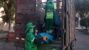 Recogen cerca de una tonelada de basura tras partido de fútbol