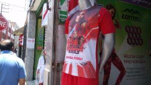Camisetas de la selección peruana costaron entre 20 y 300 soles en día D