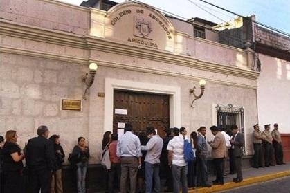 Colegio de Abogados de Arequipa: cerca de dos años en disputa por el decanato