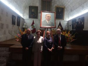 Incorporan retrato de Manuel J. Bustamante de la Fuente a galería de arequipeños ilustres.