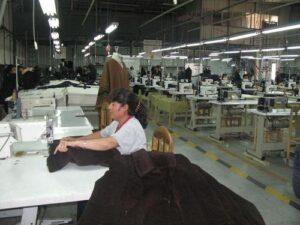 Arequipaseha convertidoen una ciudad de servicios y manufactura