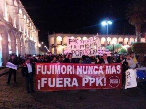 FOTOS. Numerosa manifestación contra indulto a Fujimori y decisión de PPK