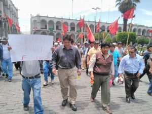 Gremio de construcción civil pide nuevas elecciones en Perú