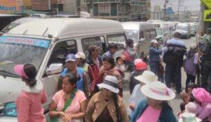 Conductores de combis piden nulidad de Sistema Integrado de Transportes