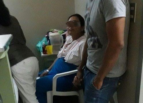 madre da a luz sola en hospital