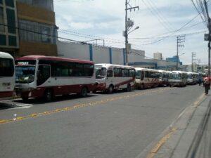 Zegarra lanza advertencia a transportistas: «el SIT va sí o sí»