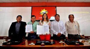 GRA firmó contrato para asfaltar 21 kilómetros de carretera Moquegua – Arequipa
