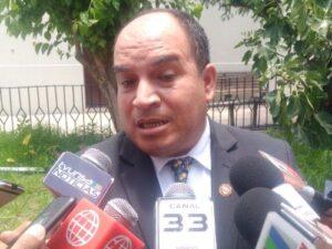 Prefecto Daniel Lozada renunció irrevocablemente a su cargo