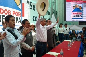 Manuel Vera renunciará solo 30 días antes de las elecciones