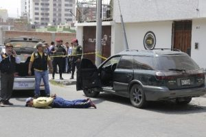 Capturan a tres presuntos marcas tras espectacular persecución policial
