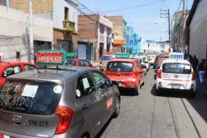 Taxistas informales exigen Setare para todos los vehículos