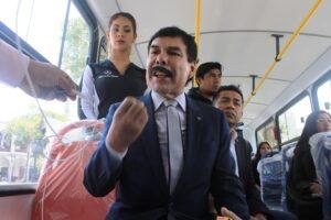 """Zegarra dice que opositores tienen """"miedo"""" a sus proyectos"""