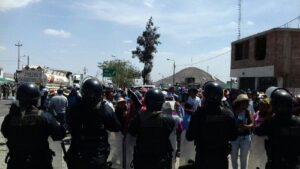 Arequipa: bloquean Panamericana Sur por más de 8 horas
