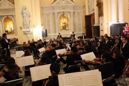 Concierto de Música Peruanaa cargo de la Orquesta Sinfónica de Arequipa