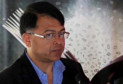 Gracias a Apaktone, el curita que inspiró la novela ganadora de Hugo Yuén