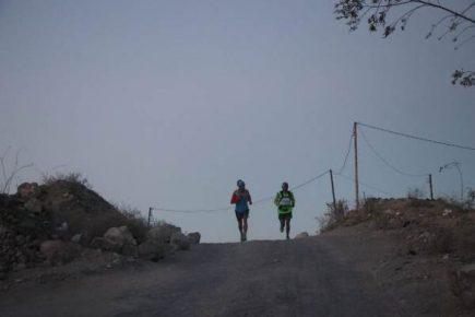 Arequipa: deportista asciende al Misti y bate récord con 3 horas y 44 minutos