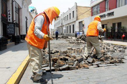 Primer acercamiento entre vecinos de calle Jerusalén y municipio de Arequipa