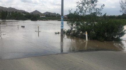 Desborde del río Chili causa daños en cultivos de los distritos de Hunter y Tiabaya