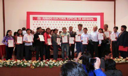 Esta es la remuneración de los alcaldes en Arequipa. A propósito del aumento que se propone