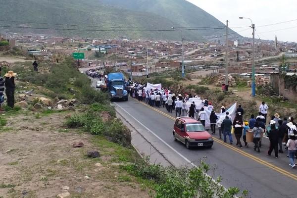 arequipa minivans bloqueo transportes trafico
