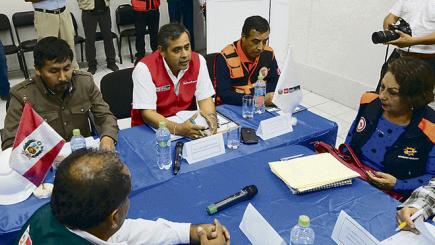 Ninguna autoridad regional supo responder a ministro qué se necesita tras huaicos