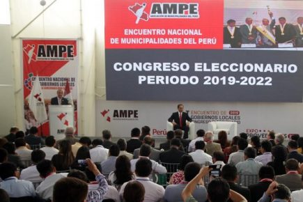 Congreso de AMPE: una nueva oportunidad perdida