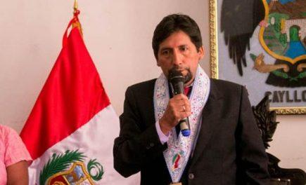 """Álvaro Cáceres Llica, alcalde de Caylloma: """"La dama del Ampato es nuestra"""""""