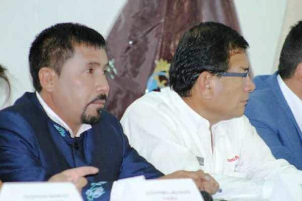 Arequipa: Elmer Cáceres Llica da 2 meses más de plazo para decidir firma de Adenda 13 (en desarrollo)