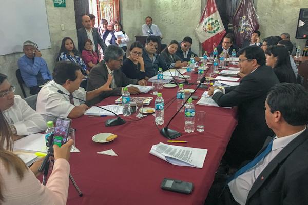 Arequipa: Harán compras directas para enfrentar problemas en hospitales Honorio Delgado y Goyeneche