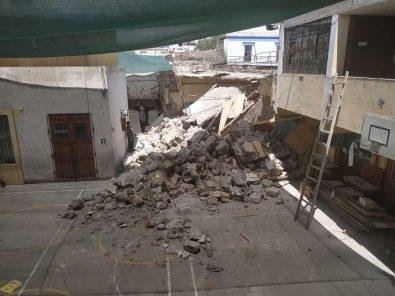 Derrumbe de techo en colegio de Arequipa pudo ser una verdadera tragedia (video)