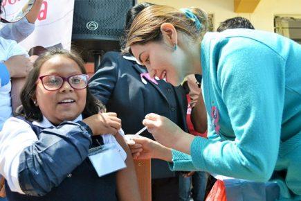 En Arequipa, el cáncer de cuello uterino se combate desde la infancia