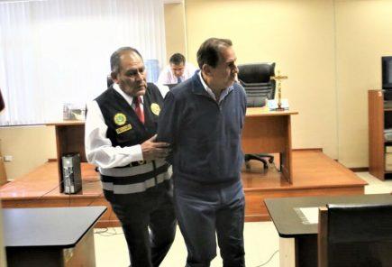 Condenan a exjuez Gino Valdivia a nueve años de cárcel por pedir coimas (VIDEO)