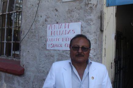 Cuerpo médico del hospital Goyeneche ha vendido ya 2 mil 300 polladas