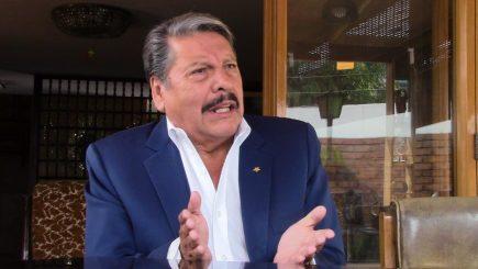 Adolfo de Córdova: yo sigo poniendo mis manos al fuego por el honor de Alan García
