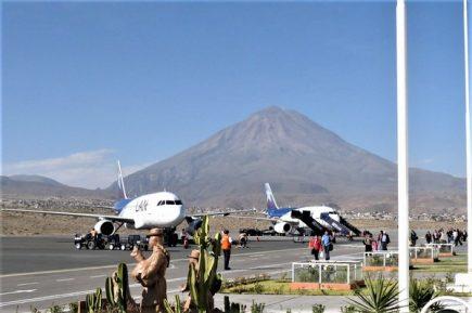 Arequipa: Dos amenazas de bomba detienen actividades en aeropuerto Rodríguez Ballón