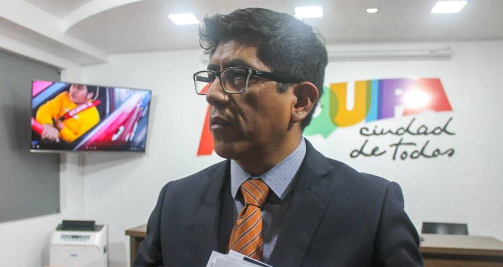 Arequipa procurador municipal denunciará a taxista informal que atropello a inspectores