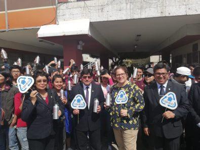 Ministra del ambiente promueve el reciclaje entre estudiantes de Arequipa